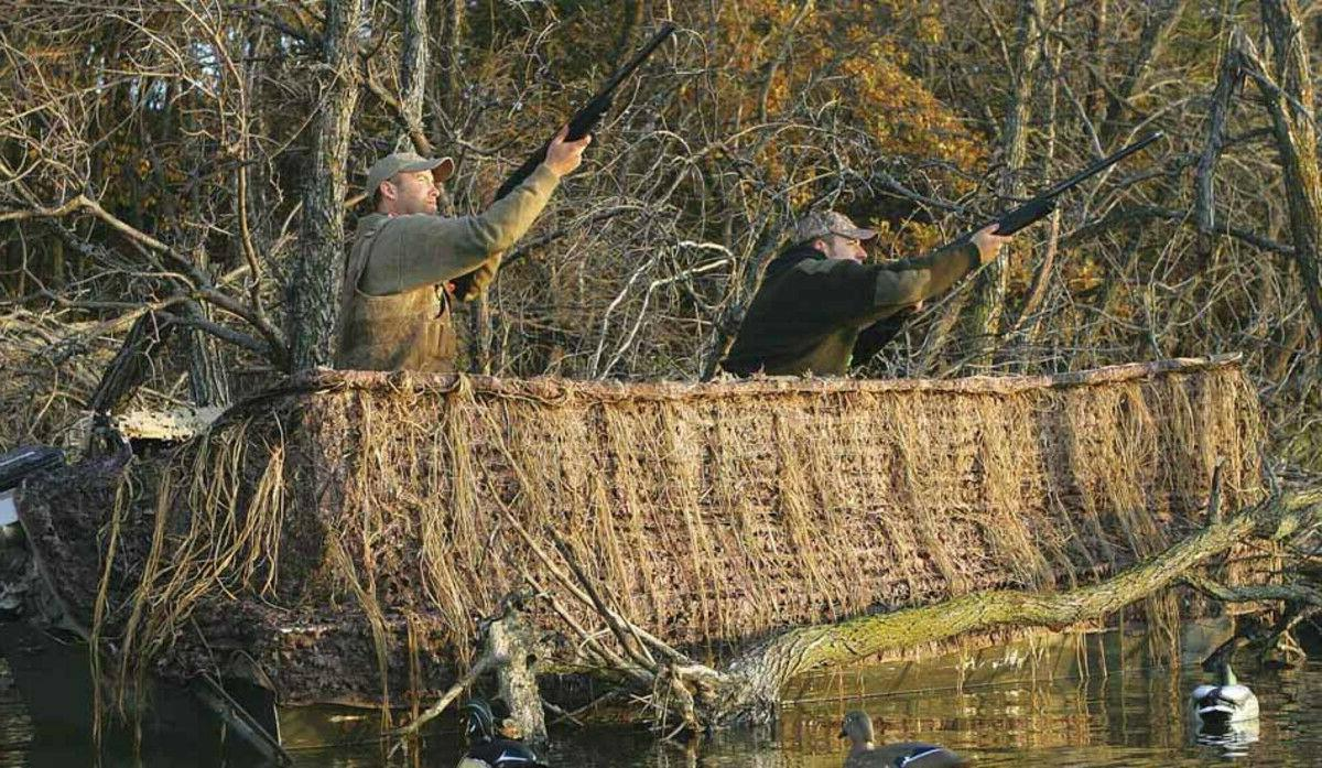Avery QuickSet Camo Net Color 17'-19' Duck Boat